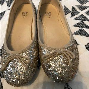 Gap glitter sparkle shoes size 1